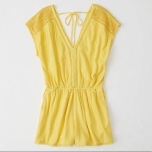 Abercrombie & Fitch   Yellow Romper